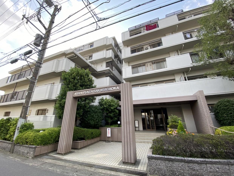 外見から受ける印象はきれいにされている築34年のマンションそのものです。